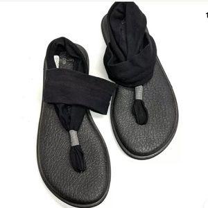 Sanuk Yoga Sling Size 8 Solid Black Sandals  EUC